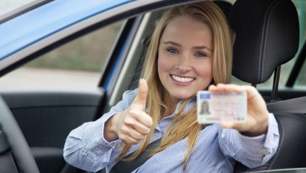Cómo recuperar los puntos del carnet o el carnet de conducir
